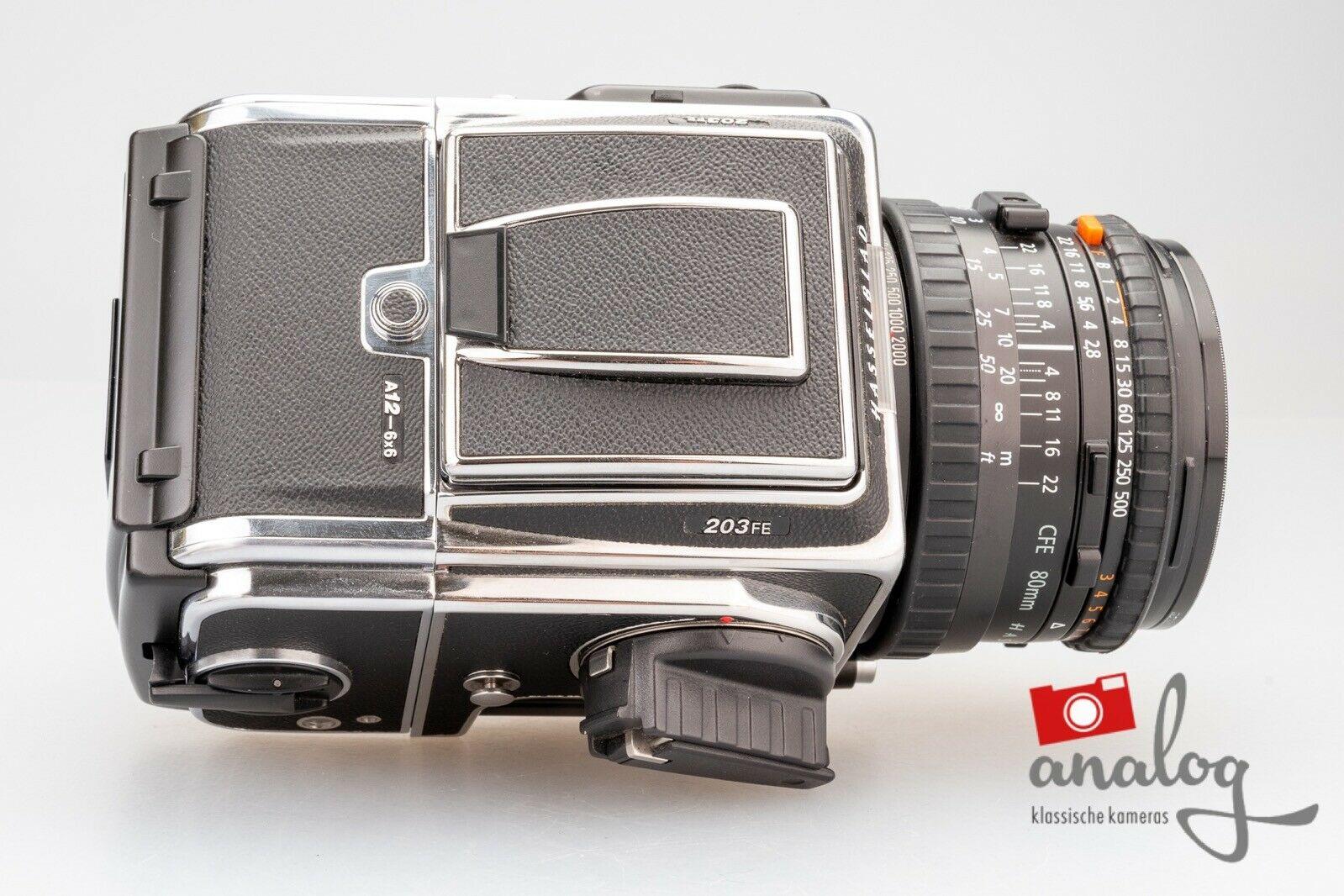 Hasselblad 203FE chrome mit Zeiss Planar CFE 80mm und Magazin A12-6x6