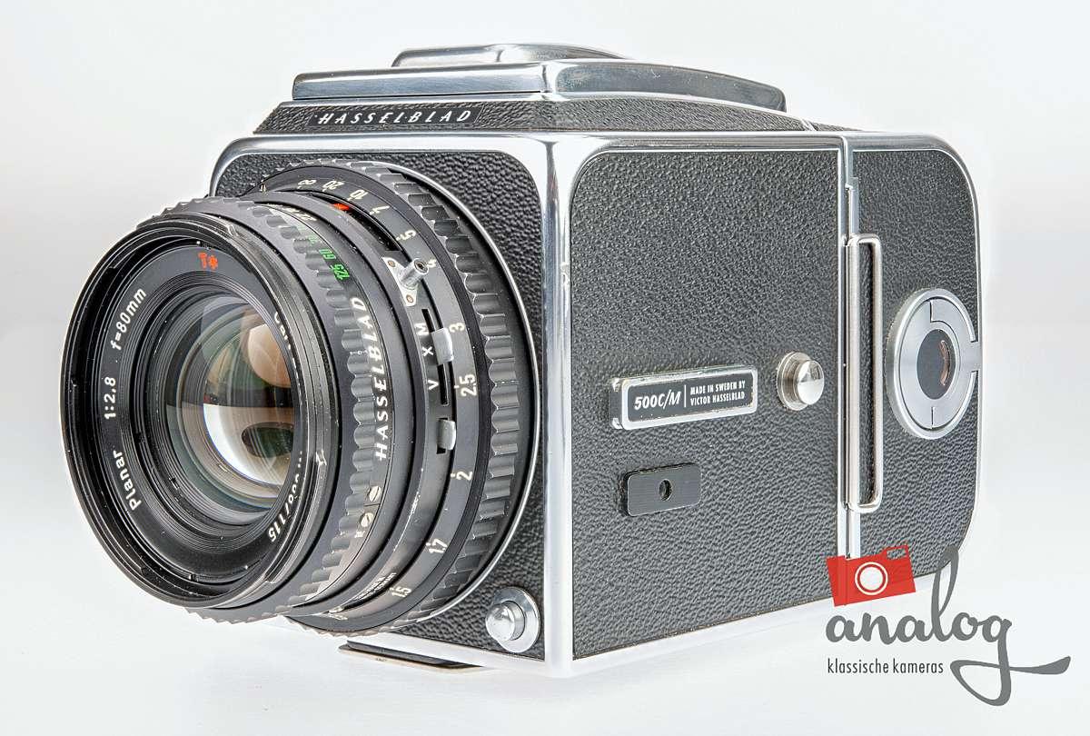 Hasselblad 500C/M chrom Zeiss C Planar 80mm 2.8 A12 Magazin – werkstattüberholt
