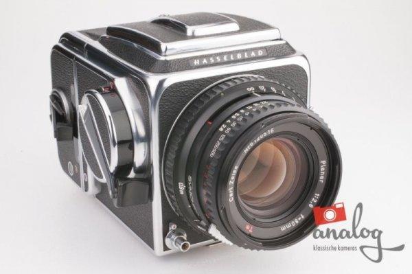 Hasselblad 500 C/M chrom Zeiss Planar 80mm – TOP – komplett werkstattüberholt