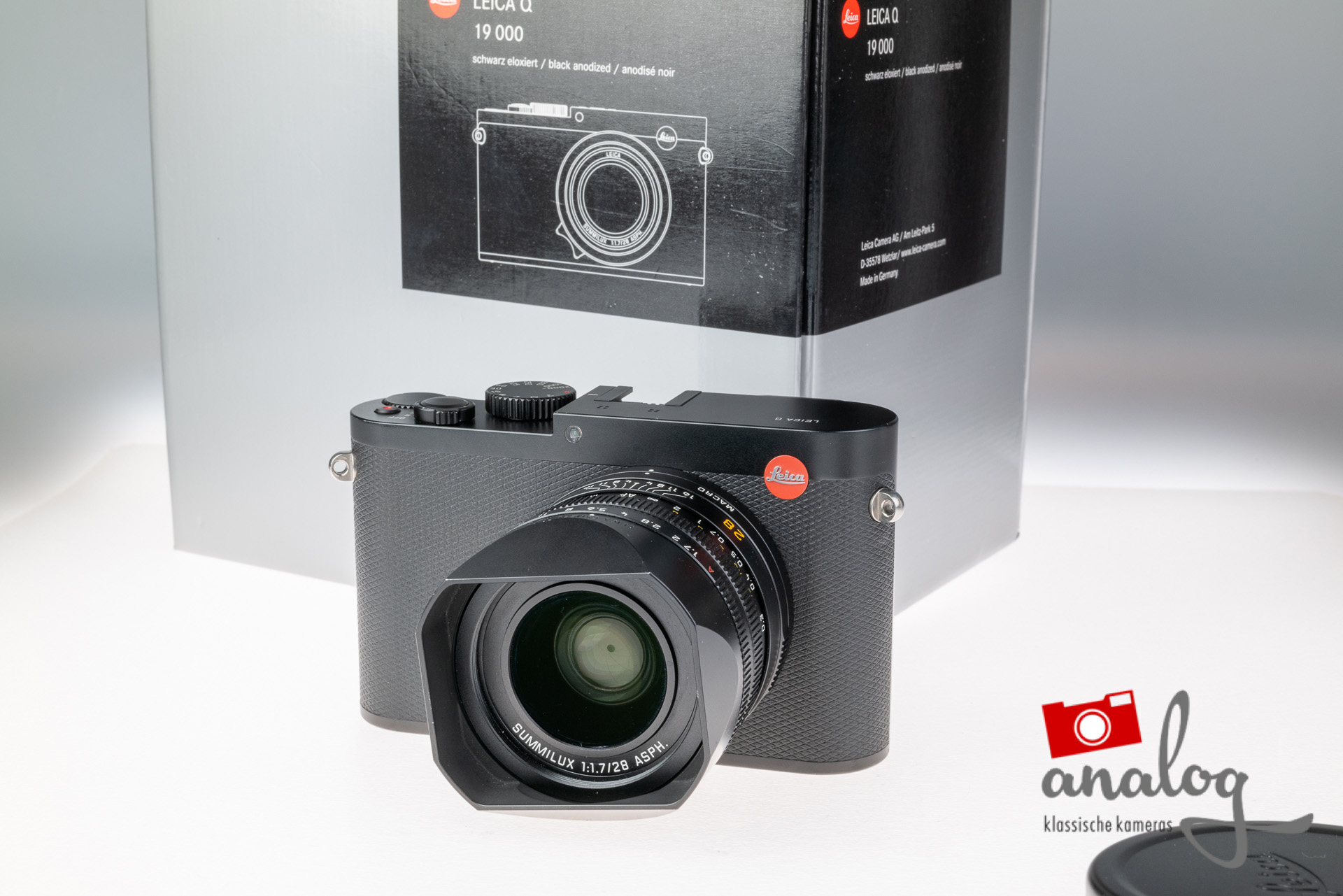 Leica Q - 19000